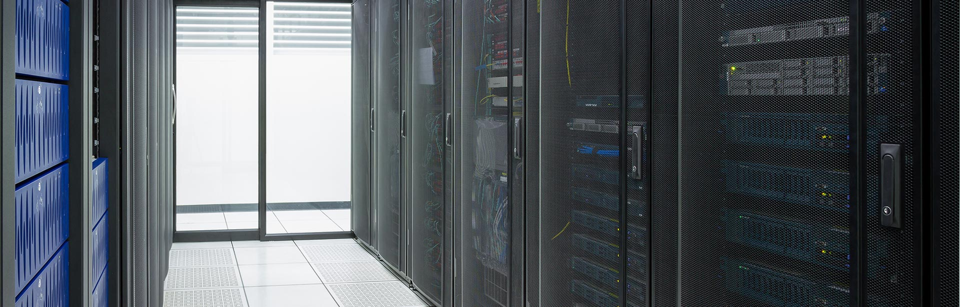 AckmanBaer_Carousel_Data-Centers_1920X615